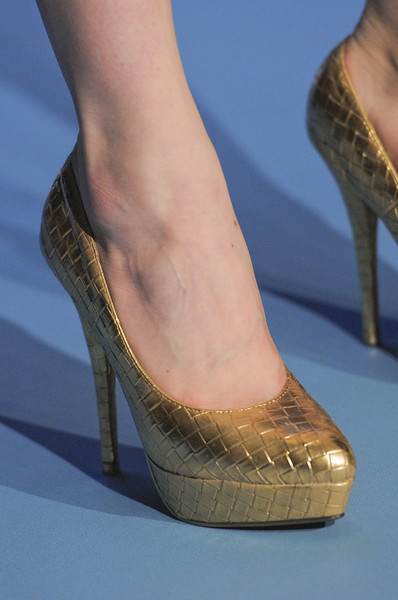 Luisa Beccaria Fall 2013 - Details