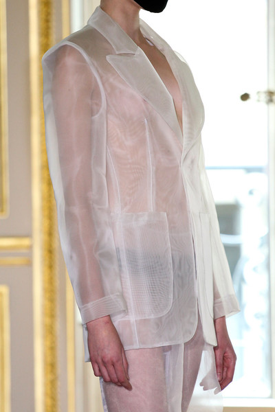 Maison Martin Margiela at Couture Fall 2011 (Details)