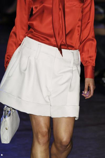 Marc Jacobs at New York Spring 2006 (Details)