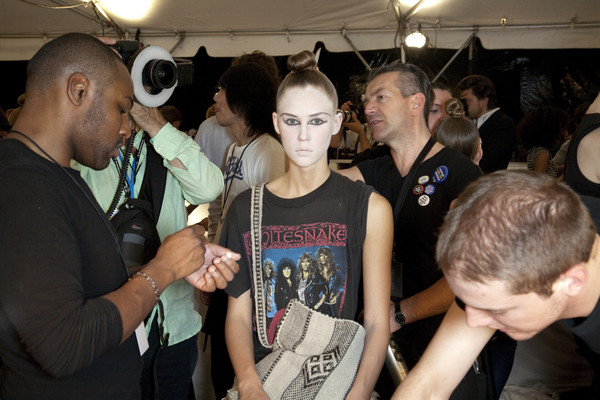 Marc Jacobs at New York Spring 2010 (Backstage)