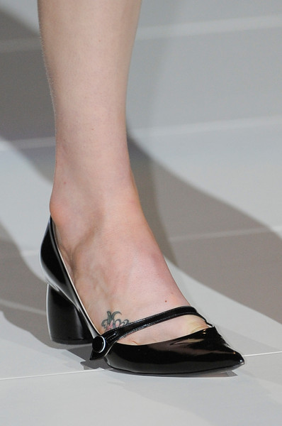 Marc Jacobs at New York Spring 2013 (Details)