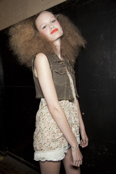 Marc by Marc Jacobs at New York Spring 2011 (Backstage)