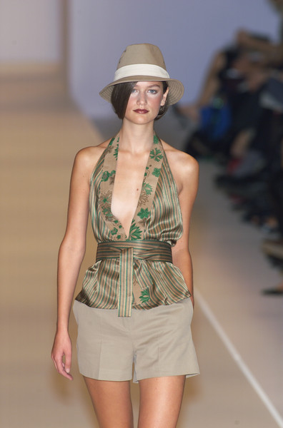 MaxMara at Milan Spring 2001
