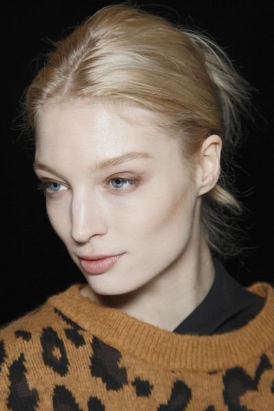 Michael Kors Fall 2011 - Backstage
