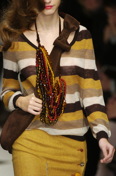 Moschino Cheap & Chic at Milan Fall 2005 (Details)