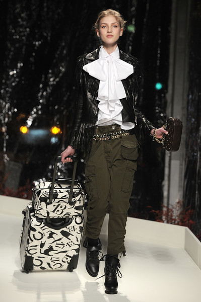 Moschino Cheap & Chic at Milan Fall 2010