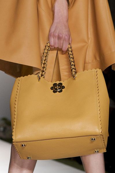 Mulberry Spring 2013 - Details