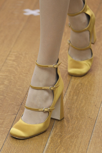 Philosophy di Alberta Ferretti at New York Fall 2011 (Details)