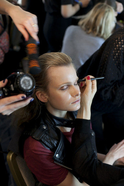 Roksanda Ilincic Fall 2013 - Backstage