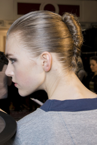 Roland Mouret Fall 2013 - Backstage