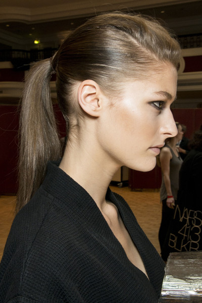 Roland Mouret at Paris Spring 2013 (Backstage)