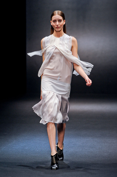 Sharon Wauchob Fall 2012