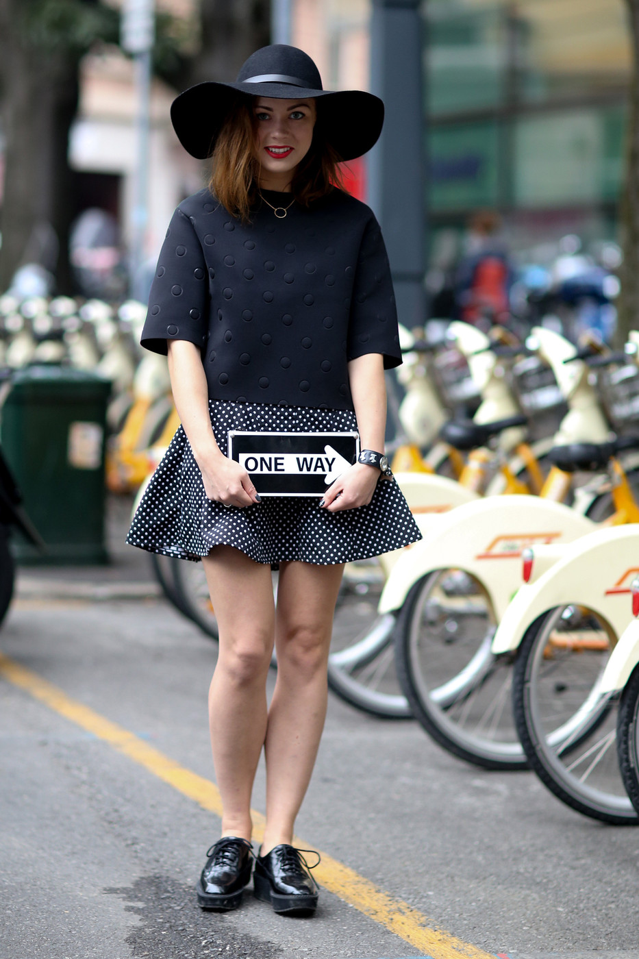 One Way Best Street Style At Milan Fashion Week Spring 2015 Stylebistro