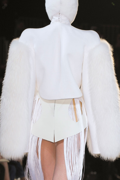 Thierry Mugler at Paris Fall 2012 (Details)