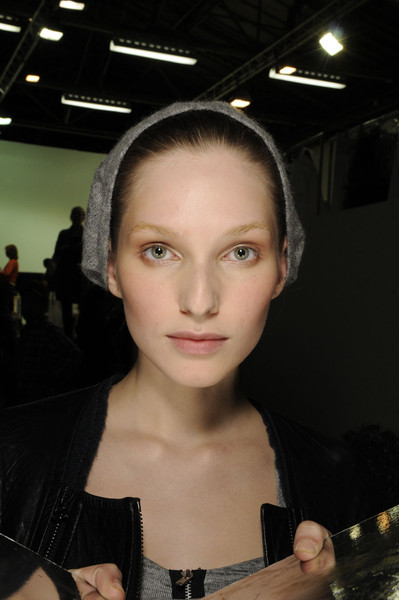 Vanessa Bruno at Paris Fall 2011 (Backstage)