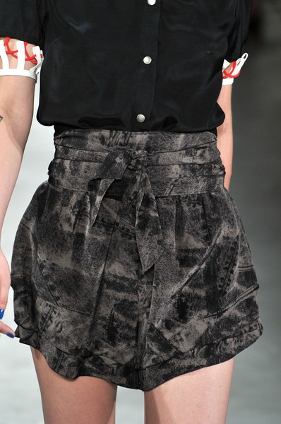Vena Cava at New York Spring 2010 (Details)