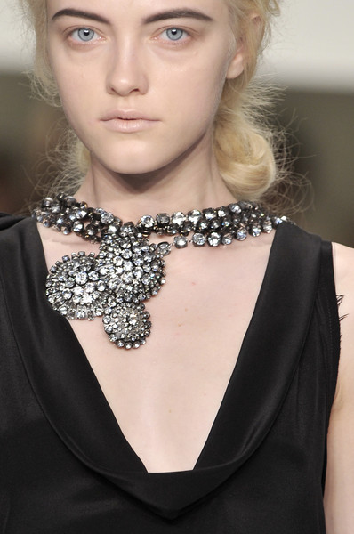 Vera Wang at New York Spring 2010 (Details)