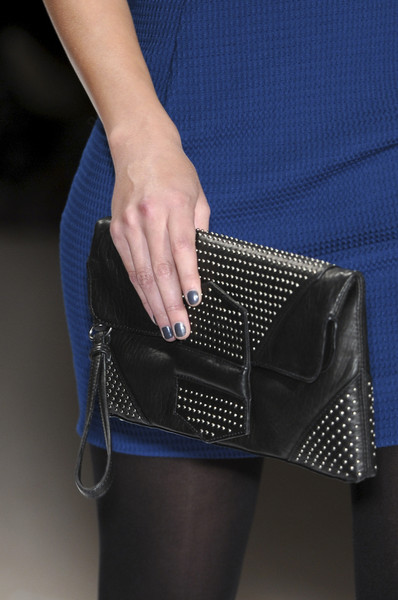 Yigal Azrouël Fall 2009 - Details