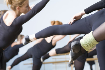 How to Bring Your Barre Workout Home