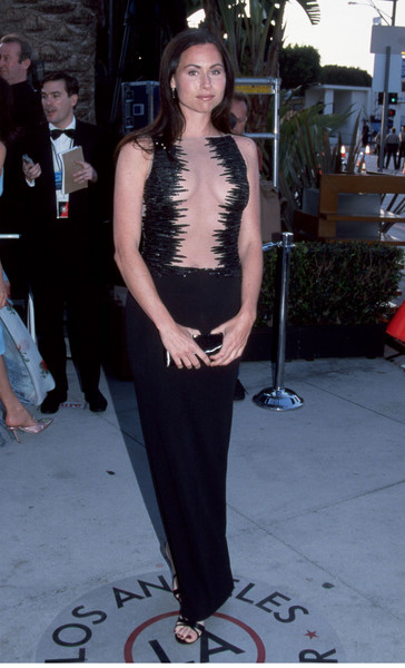1998-2003 Trend: Eye-Catching Black Gowns