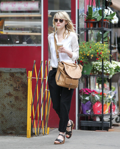 Let's All Copy Emma Stone's Coffee Run Outfit Tomorrow