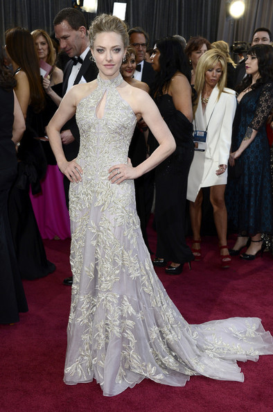 Is THIS the Valentino Gown Anne Hathaway Almost Wore to the Oscars?