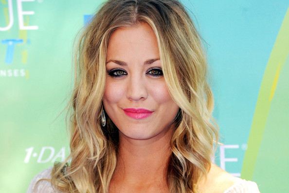 Kaley Cuoco's Best Hair Looks