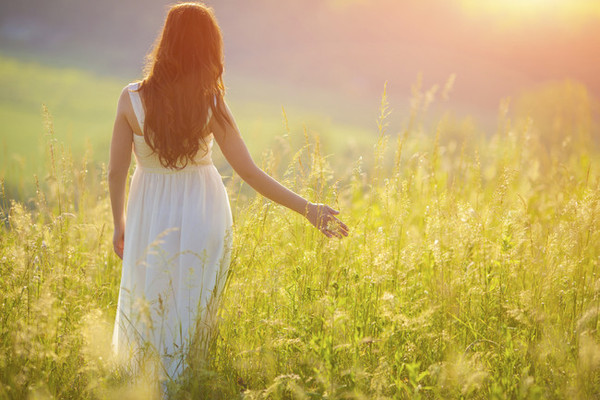 Spring Clean Your Soul: 3 Easy Ways to Enhance Your Aura