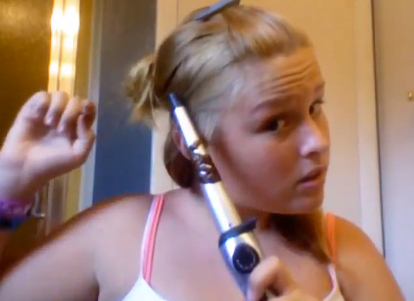 Beauty Vlogger Burns Her Hair Off in Curling Tutorial, Remains Surprisingly Calm [VIDEO]