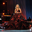 Carrie Underwood's Gorgeous Gown Covers the Stage in 2009