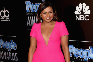 Look of the Day: Mindy Kaling's Pink Dress