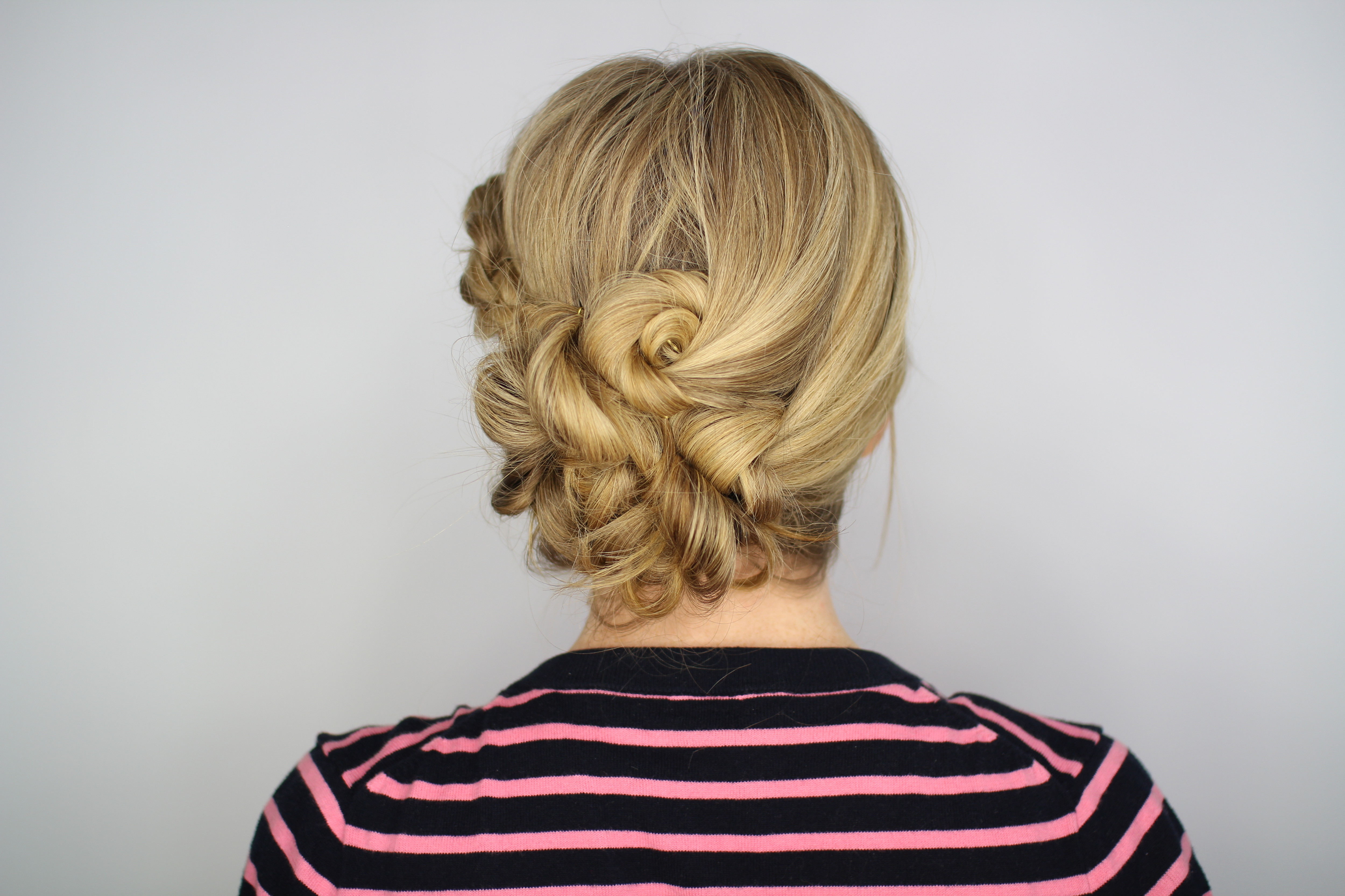 The Knotted Updo You Need To Try Hair How To Livingly