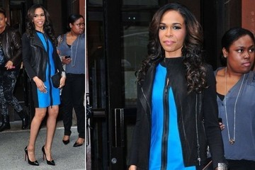 Michelle Williams Goes True Blue