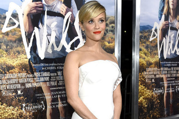 Look of the Day: Reese Witherspoon's White Dress