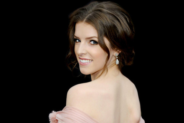 Style Crush: Anna Kendrick on the Red Carpet