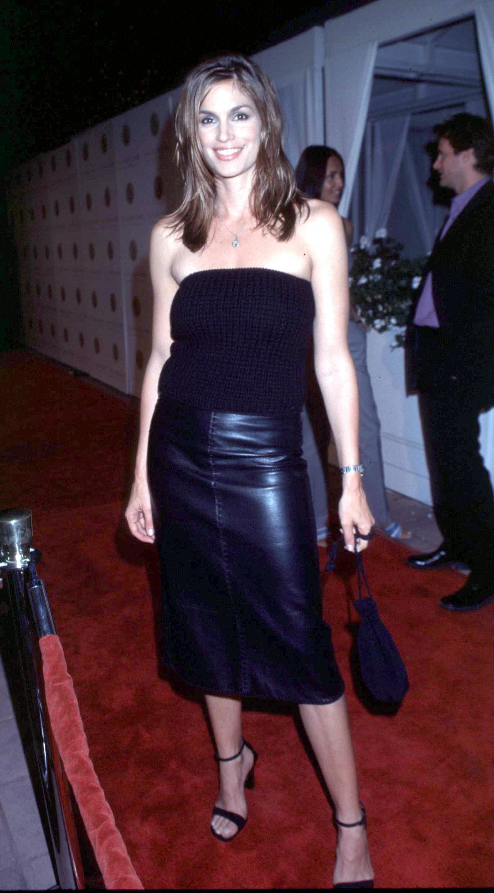 Cindy Crawford 90s Celeb Outfits We Would Wear Today