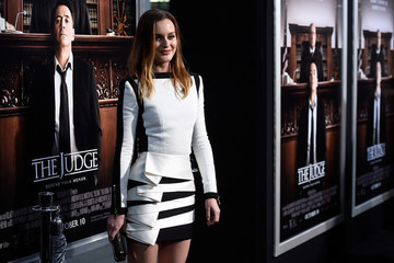 Leighton Meester's Architectural Dress