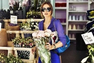 Olivia Palermo Shops for Flowers