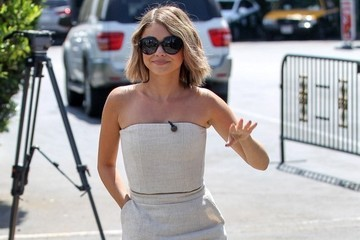 Look of the Day, April 21st: Sarah Hyland's Springtime Sophistication