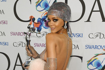 Rihanna Bares It All at the CFDA Awards, Another Reason to Line Up for Altuzarra x Target and More
