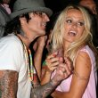 Tommy Lee Style