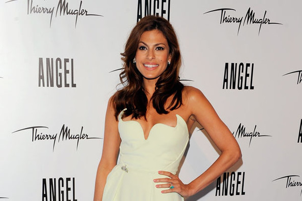 Eva Mendes Sings a Song for Thierry Mugler