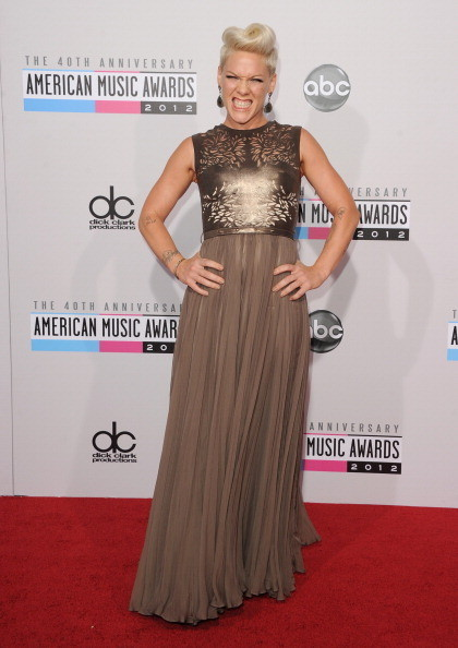 Pink at the 2012 AMAs