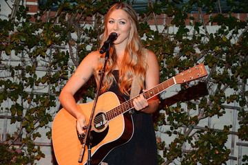 Colbie Caillat Makes the Case for All-Natural Beauty