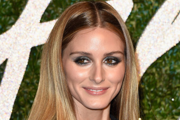 Olivia Palermo Has an Extremely Practical Holiday Shopping Strategy