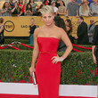 Kaley Cuoco-Sweeting in Romona Keveza
