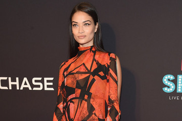 Look of the Day: Shanina Shaik's Sexy Modesty