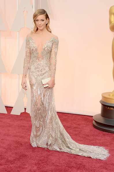 Katie Cassidy in Julien MacDonald