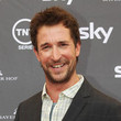 Noah Wyle Style