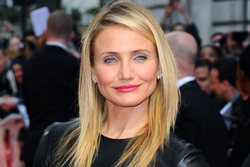 Cameron Diaz Dominates the Red Carpet In Black Leather
